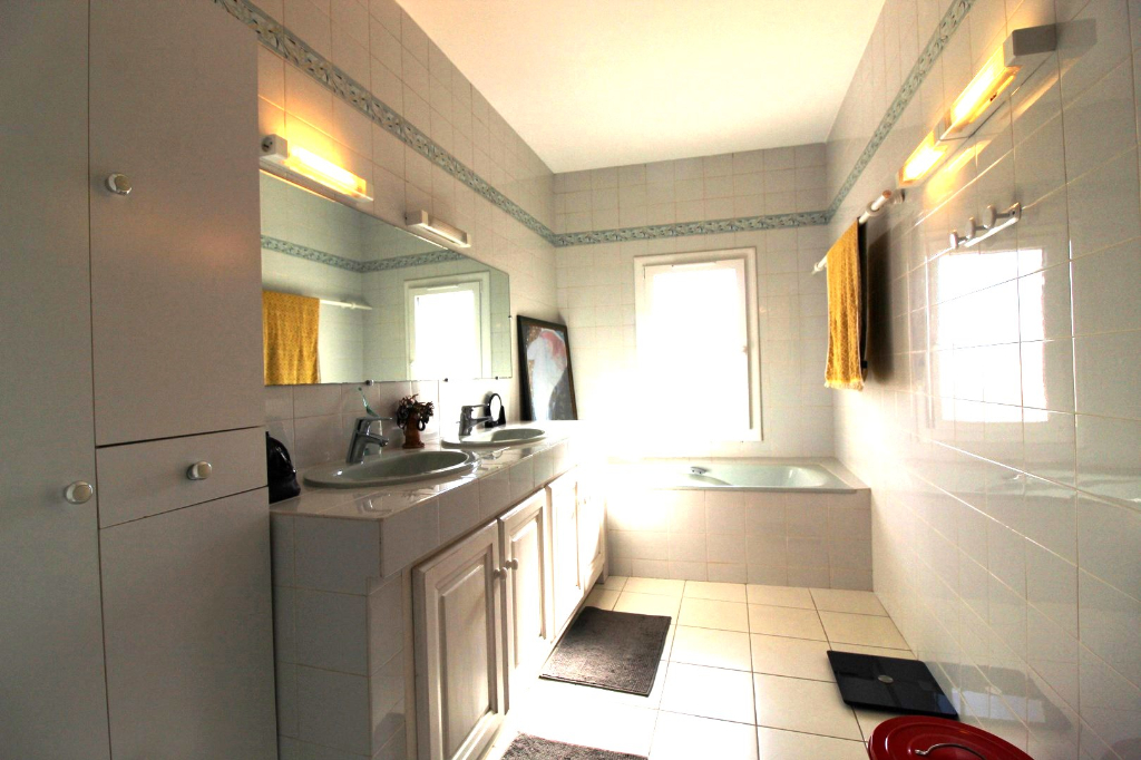 Venta  casa Hyeres 699000€ - Fotografía 15