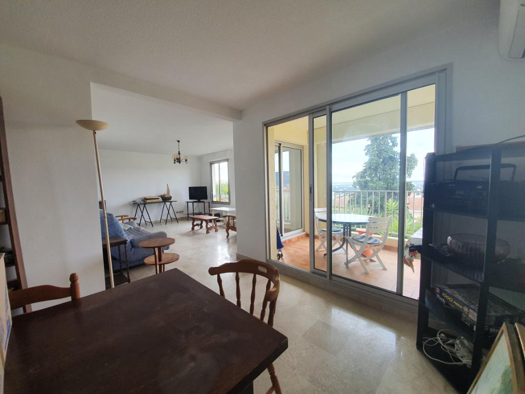 Vente appartement Hyeres 399000€ - Photo 3