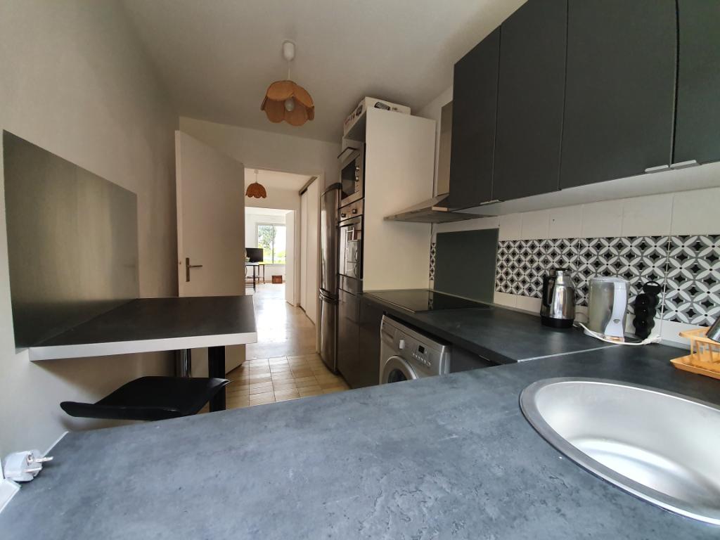 Vente appartement Hyeres 399000€ - Photo 4