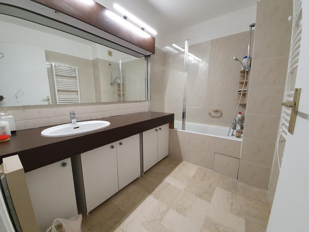 Vente appartement Hyeres 399000€ - Photo 8