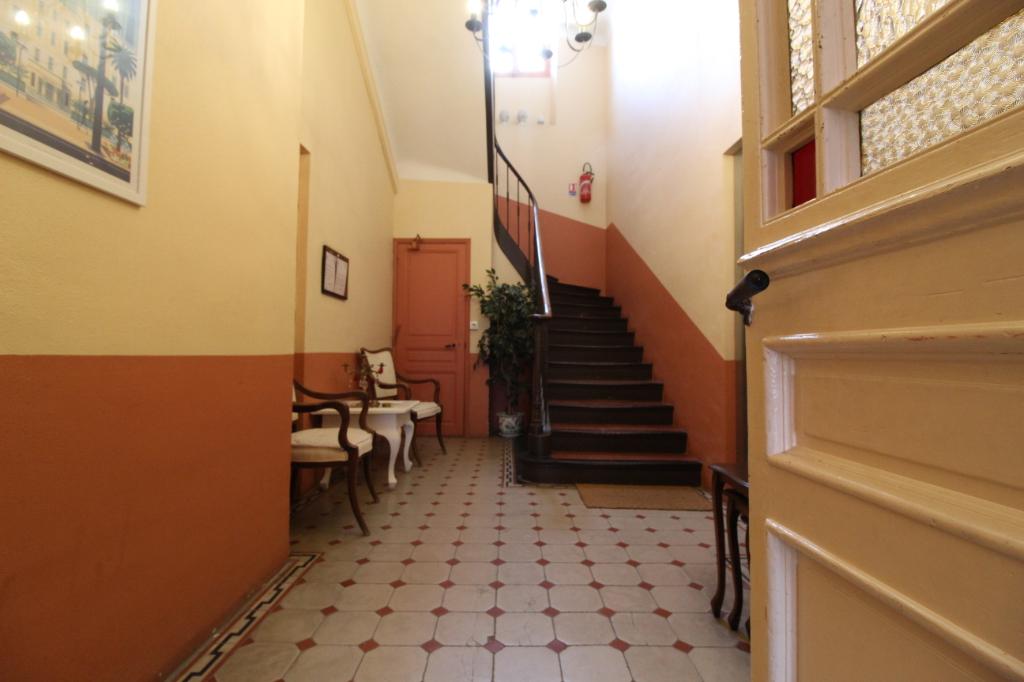 Vente appartement Hyeres 690000€ - Photo 2
