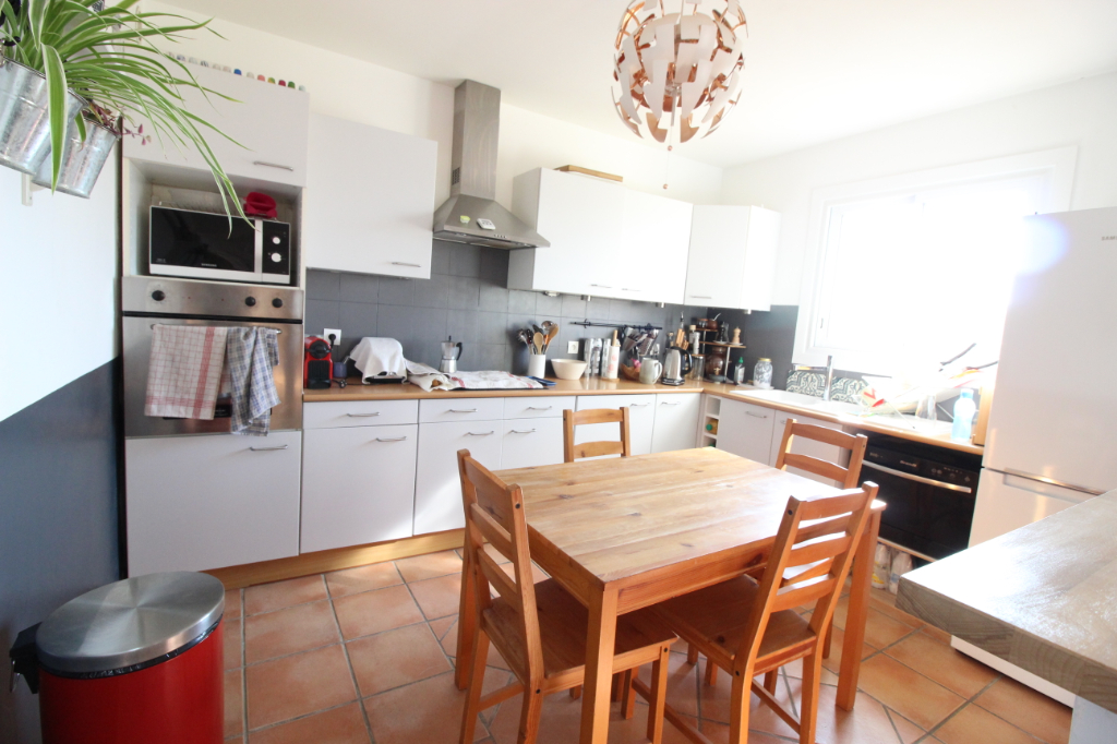 Vente appartement Hyeres 325 500€ - Photo 6
