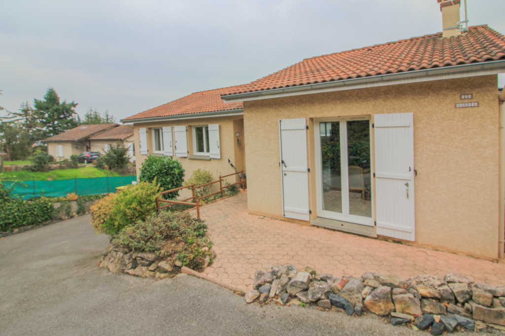 Sale house / villa Anse 445000€ - Picture 1