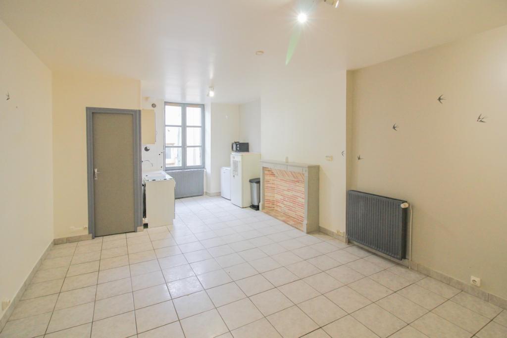 Sale house / villa Tournus 81000€ - Picture 2