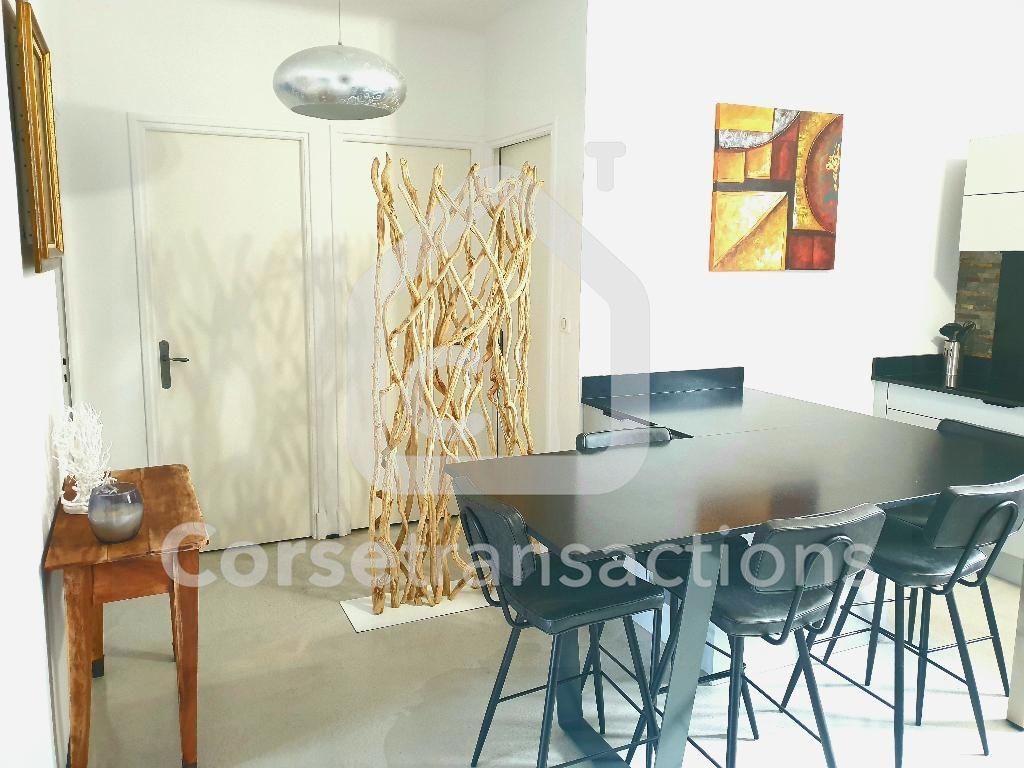 Agence immobilière Ajaccio CORSE TRANSACTIONS  Appartement T3 entièrement refait à neuf