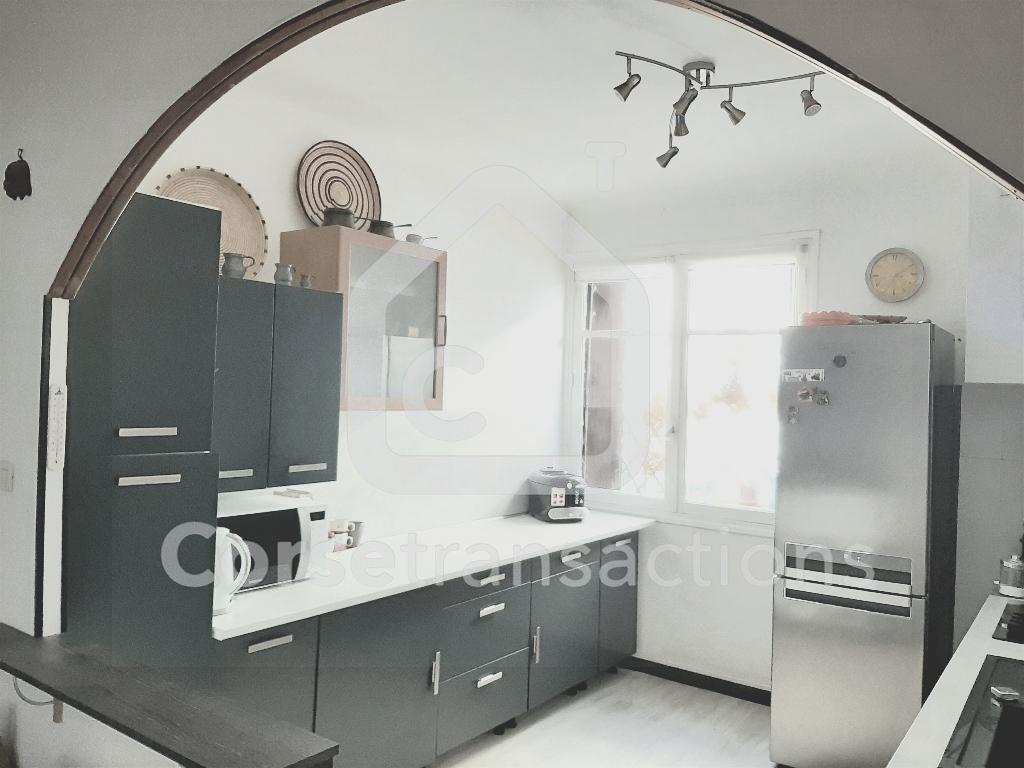 Agence immobilière Ajaccio CORSE TRANSACTIONS  Appartement T3 en rez de chaussée