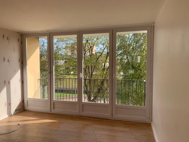 photo de Appartement 4 pièce(s) de 85m² - Mont Saint Aignan Place Colbert
