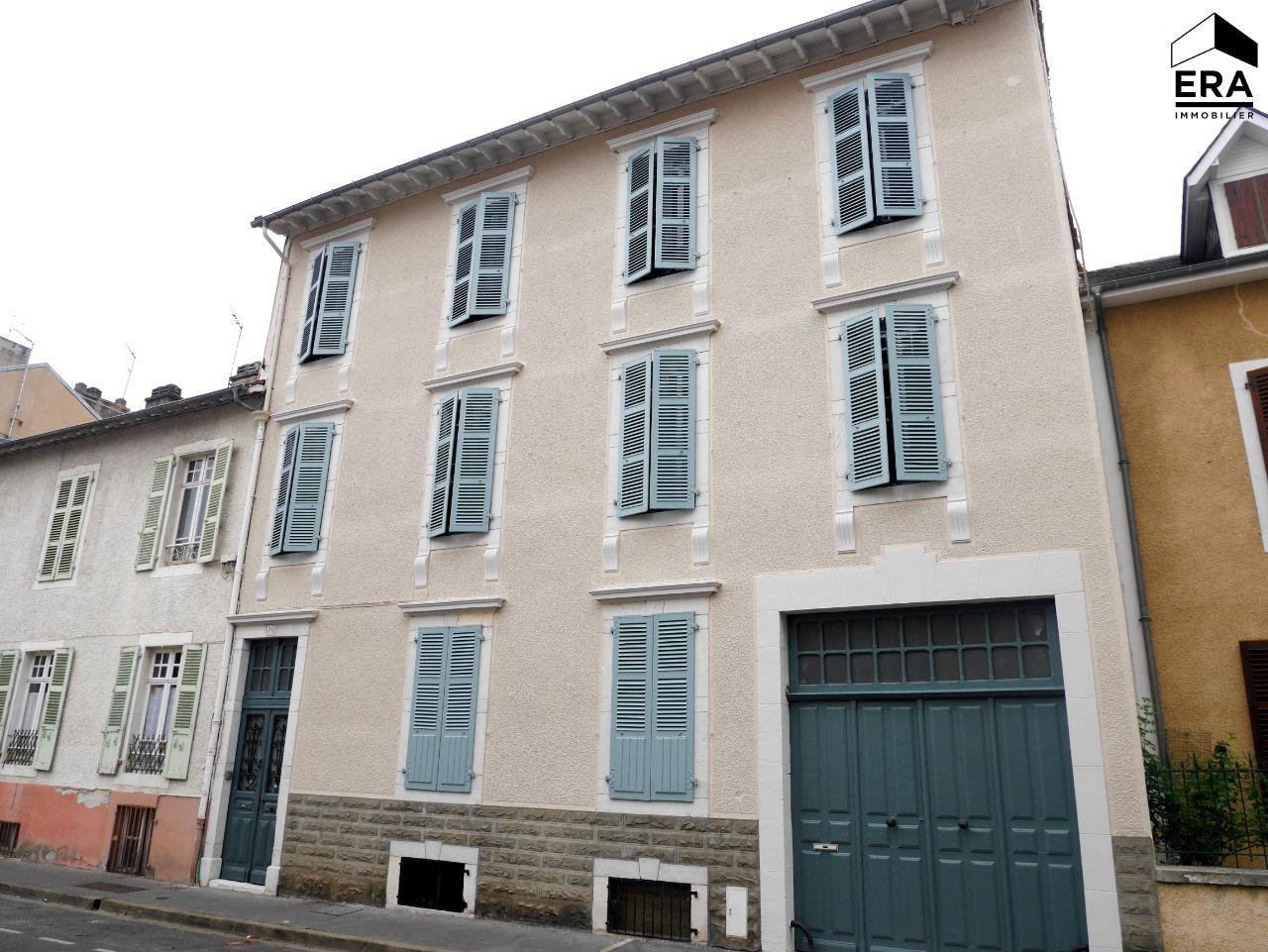 Plateau 5 pièces de 98 m2 Hyper centre de Pau Pau 64000