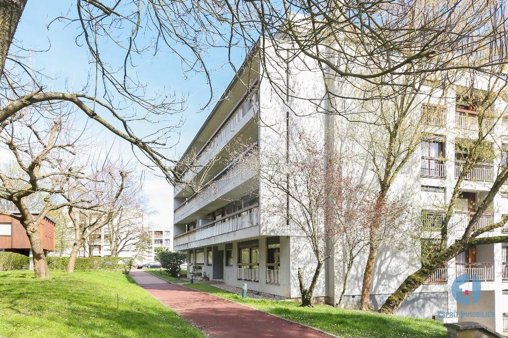 ATHIS MONS – Clos Perault, 5′ RER C