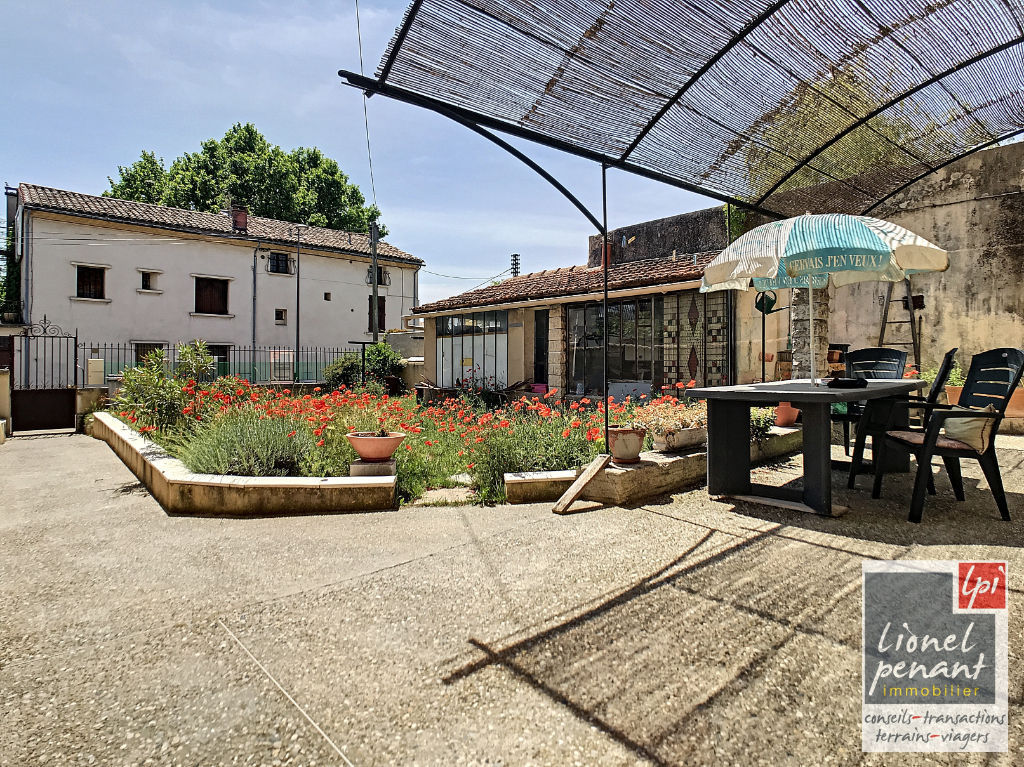 Sale building Carpentras 219 900€ - Picture 6