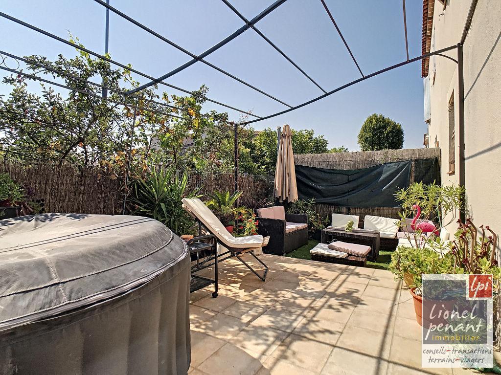 Monteux Villa T5 90m² garage terrain 285m²
