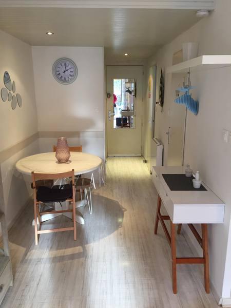 Image de présentation de Appartement  1/2 P meublé situé au coeur de la nature