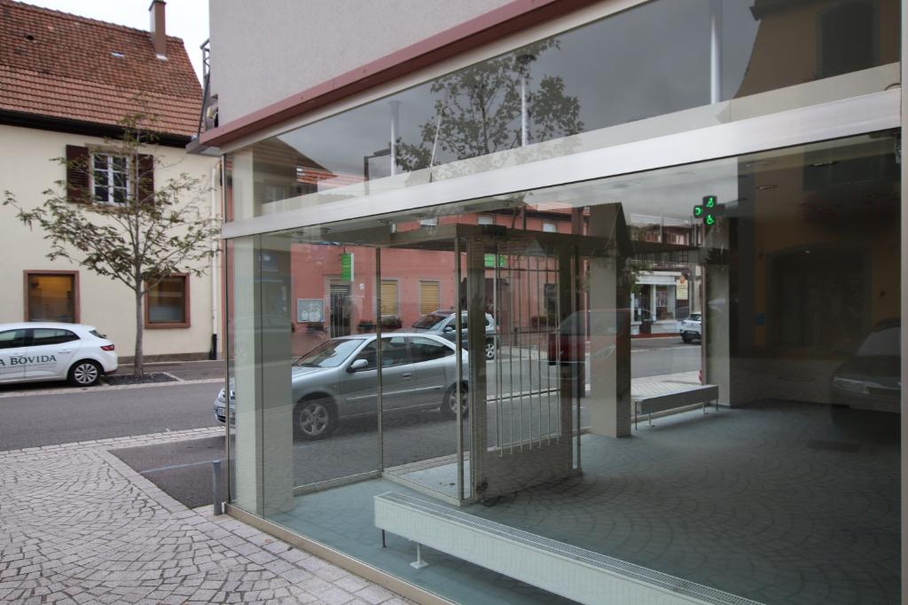 Image de présentation de Local commercial Marlenheim 3 pièce(s) 70 m2
