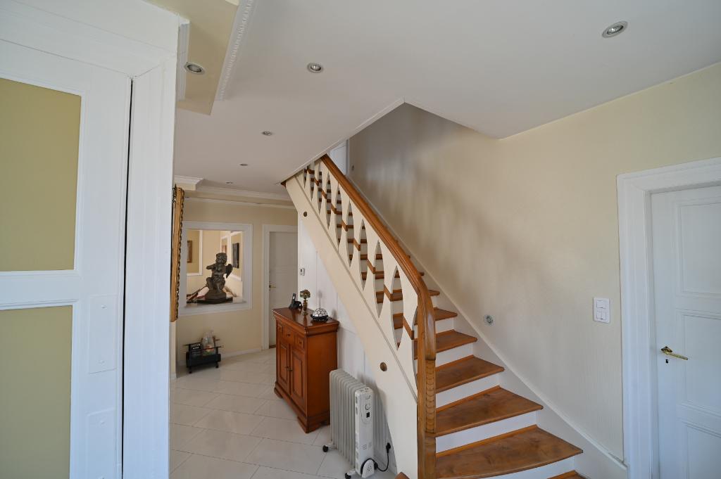 Image de présentation de Maison Barr 7 pièce(s) 190 m2