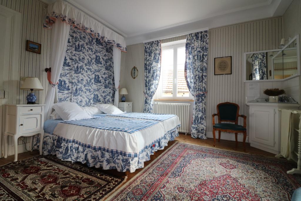 Image de présentation de En plein coeur de la Suisse d'Alsace, magnifique Maison de Maître de 1920