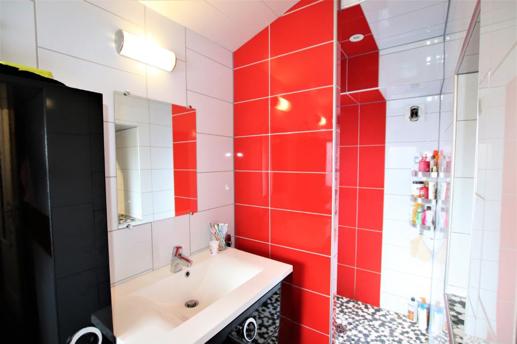 Image de présentation de Belle maison rénovée en 2011 à STILL