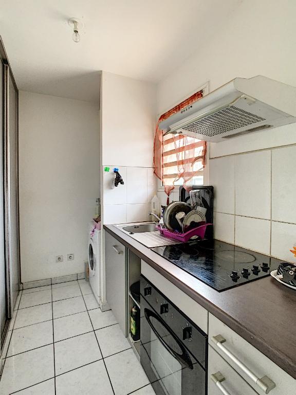 Rental apartment Saint pierre 520€ CC - Picture 3