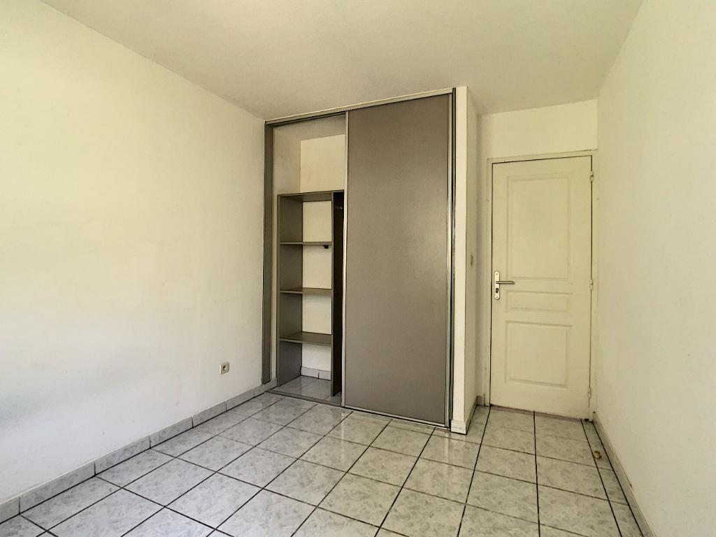 Rental apartment Saint pierre 601€ CC - Picture 3