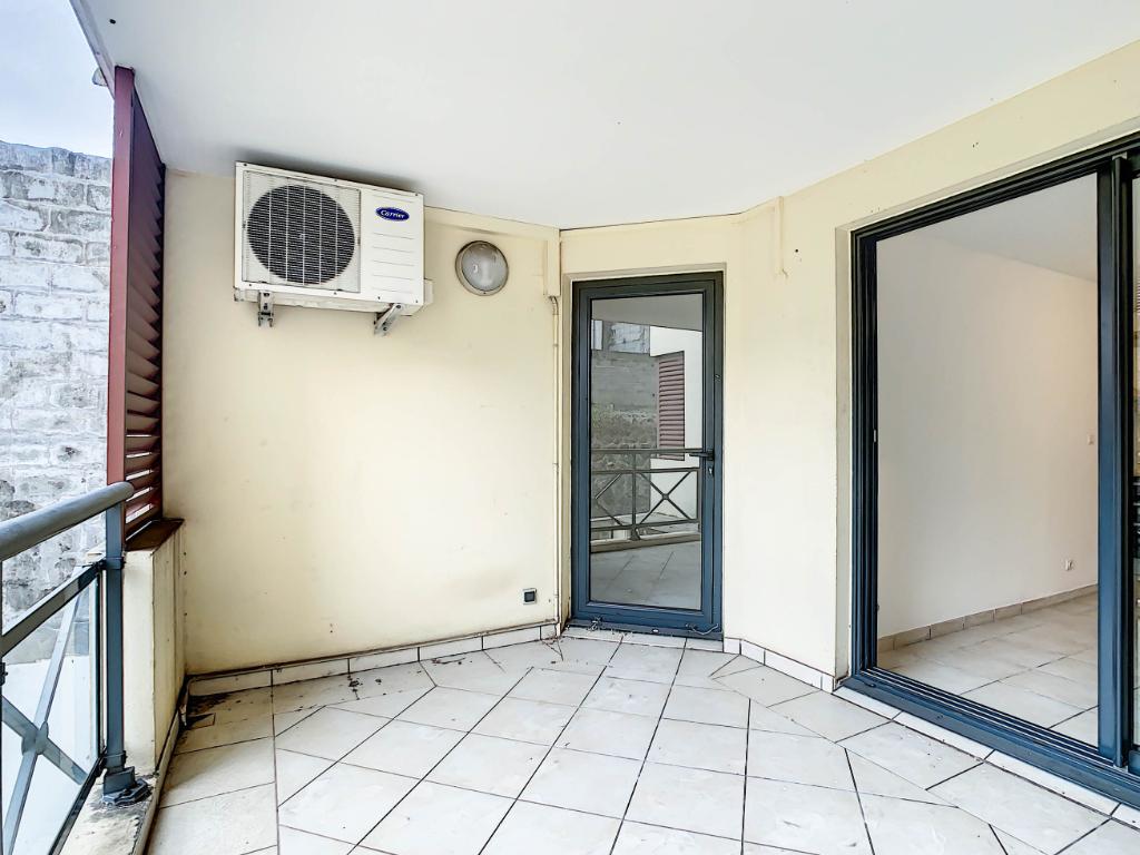 Rental apartment Sainte clotilde 504€ CC - Picture 7