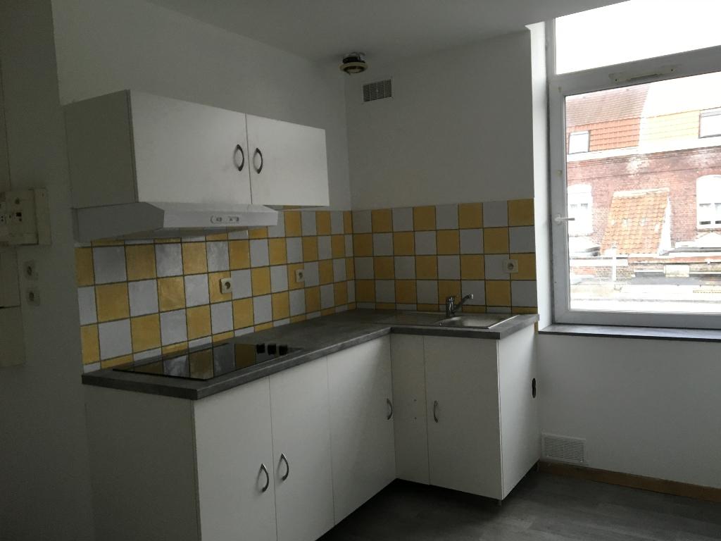 photo de Appartement Triplex proche Place du Travail