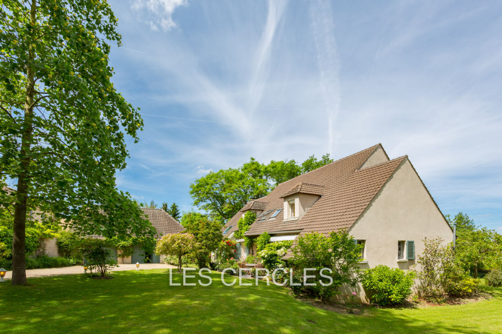 Agence les Cercles - Le Vésinet -  Maison 9 pièces de 250 m2