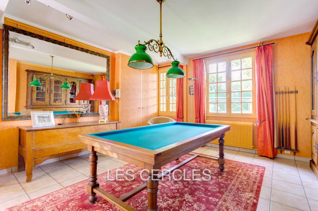 Agence les Cercles - Le Vésinet -  Maison 10 pièces de 300 m²