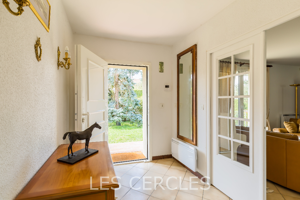 Agence les Cercles - Le Vésinet -  Maison 7 pièces de 156 m²