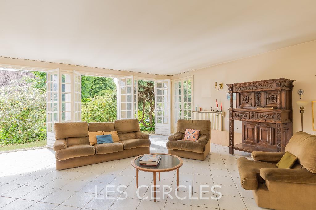 Agence les Cercles - Le Vésinet -  Maison 7 pièces de 167 m²