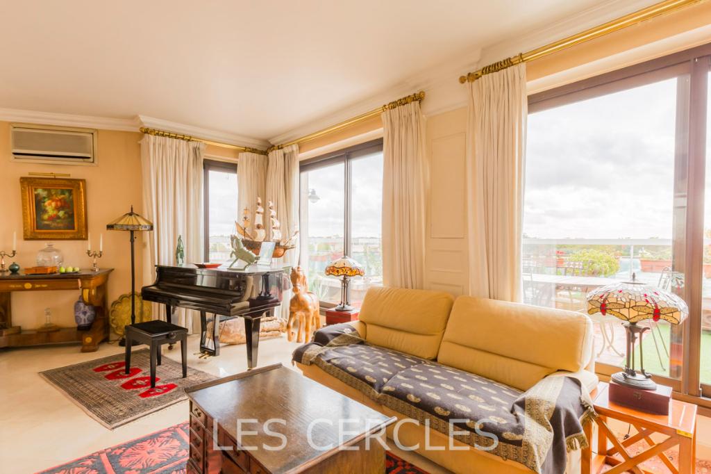 Agence les Cercles - Le Vésinet -  Duplex 8 pièces de 140 m²