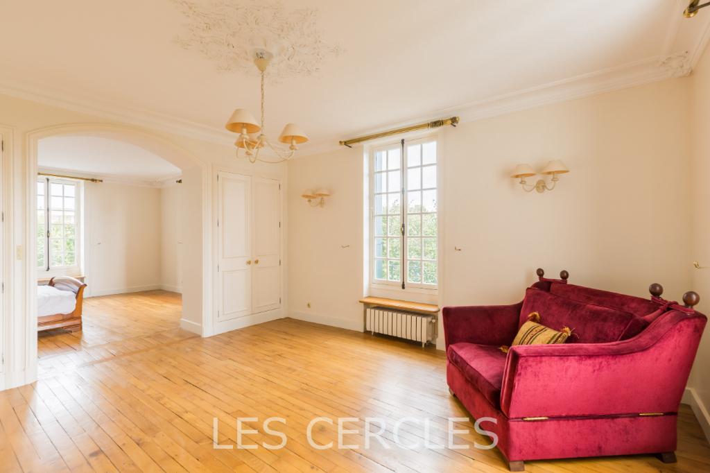 Agence les Cercles - Le Vésinet -  Maison 10 pièces de 315  m²