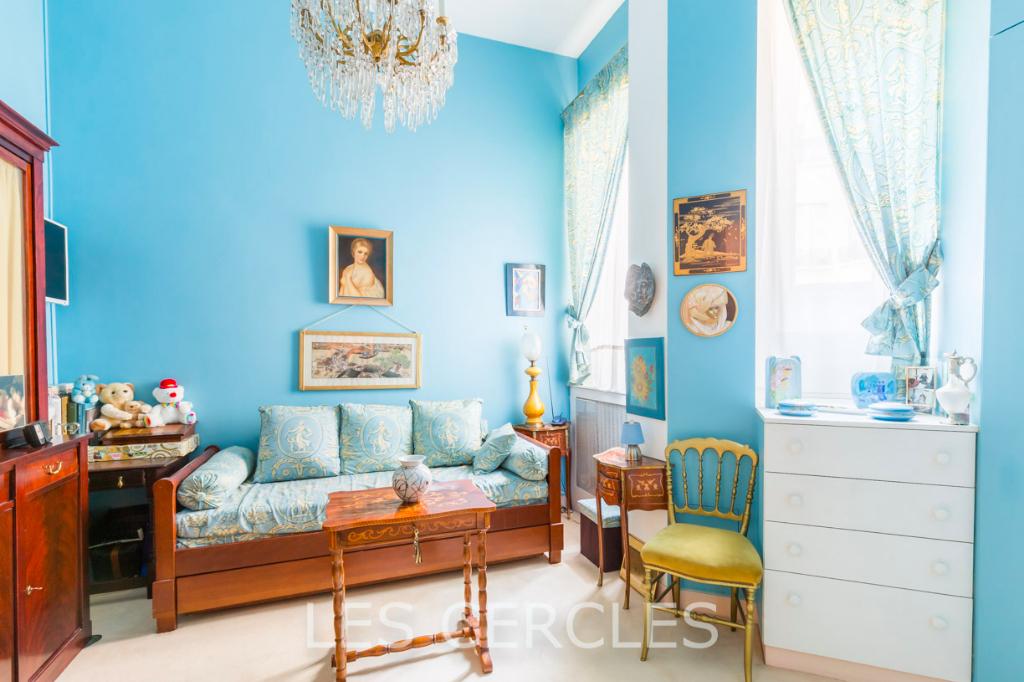 Agence les Cercles - Le Vésinet -  Vente en Viager - Appartement 8 pièces de 278 m² plus un studio de 15 m²