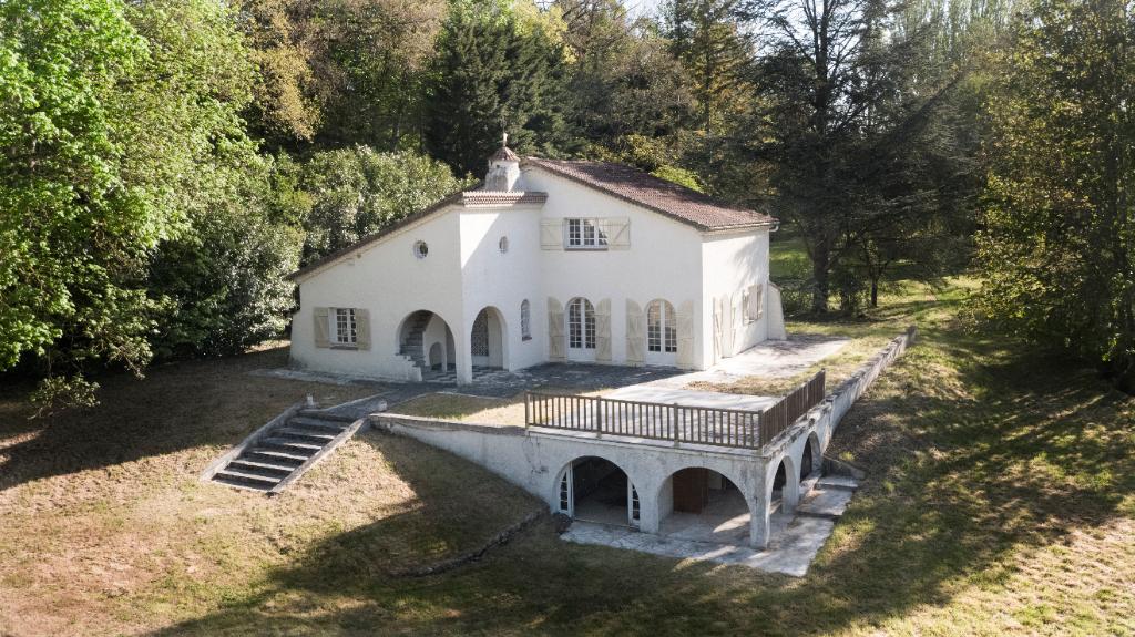 Agence immobilière Le Vésinet - Maison Crespieres 7 pièces de 193 m² - CRESPIERES