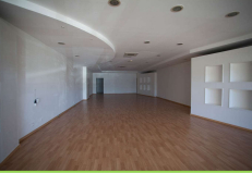 Location local commercial Baie mahault 2870€ HC - Photo 2