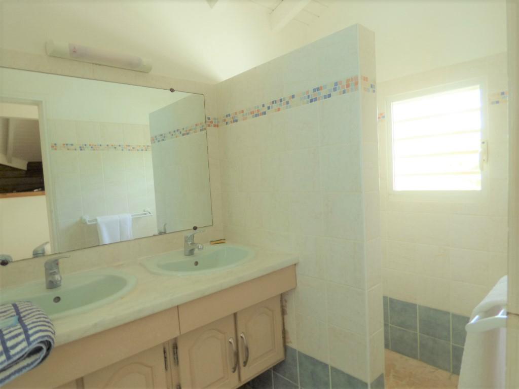 Vente maison / villa Saint francois 469000€ - Photo 4