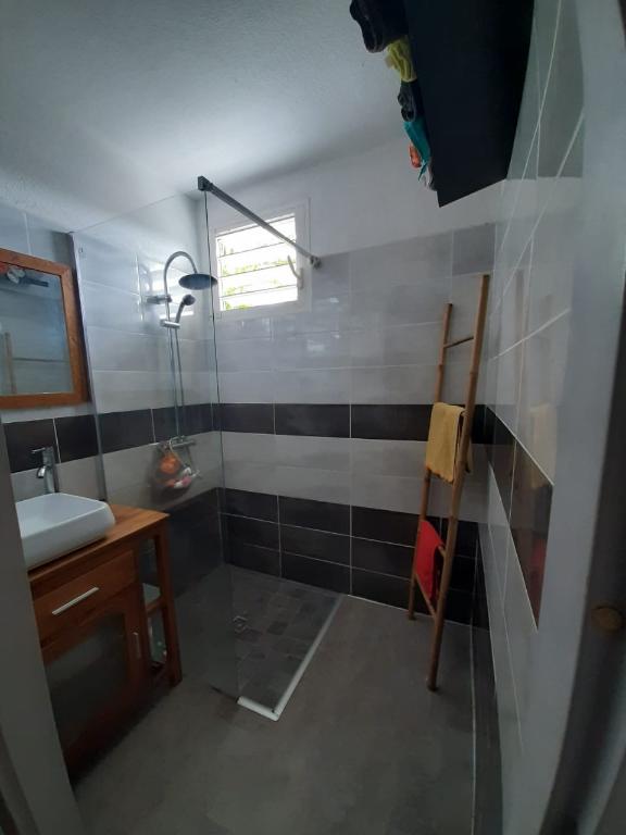Appartement Baie Mahault 4 pièce(s) 77 m2