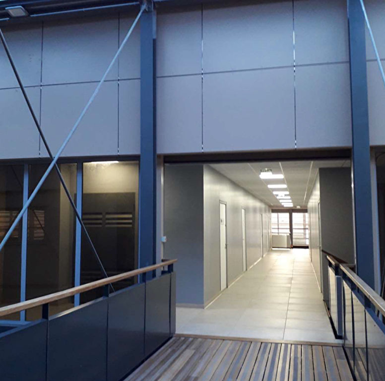 Location bureau Baie mahault 1550€ HC - Photo 2