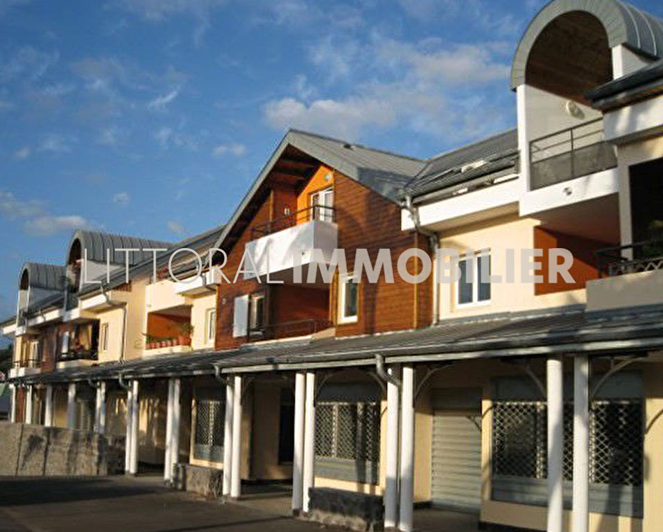 Sale apartment Saint paul 240000€ - Picture 1
