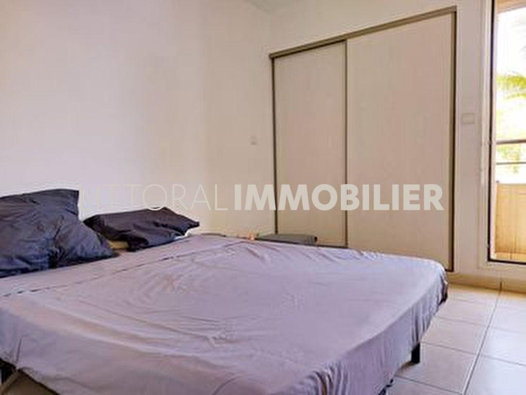 Sale apartment Saint paul 240000€ - Picture 3