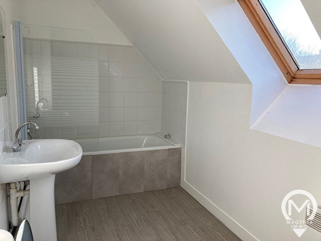Sale house / villa Grand couronne 215000€ - Picture 7