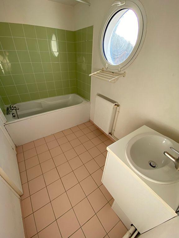 Sale house / villa Amfreville la mi voie 215000€ - Picture 7