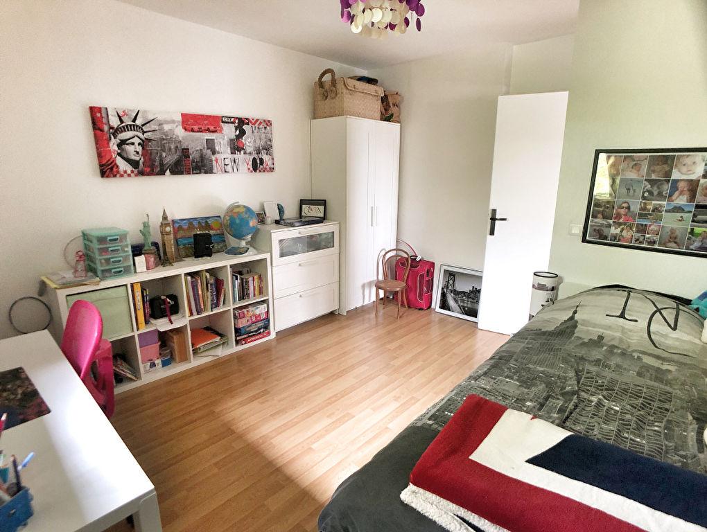 Sale apartment Argonay 397000€ - Picture 6