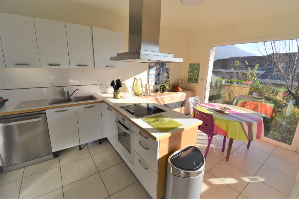 Sale apartment Annecy le vieux 920000€ - Picture 3
