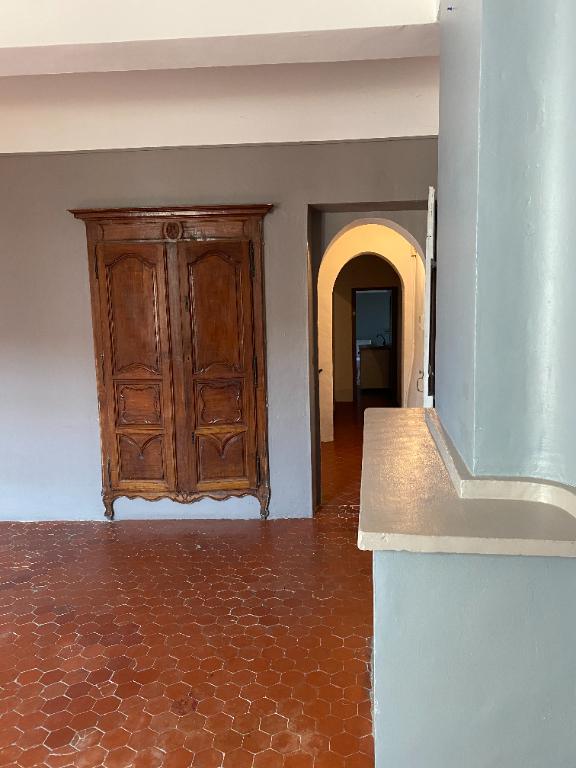 Vente maison / villa La roque d antheron 699000€ - Photo 2