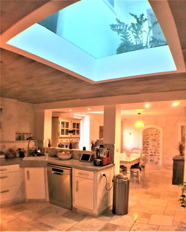 Vente maison / villa Velaux 389000€ - Photo 6