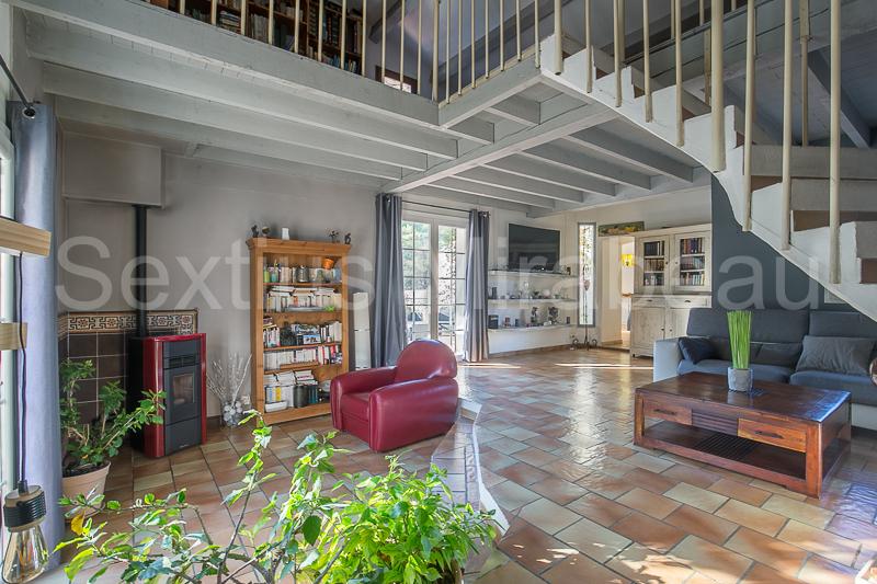 Vente maison / villa Mimet 630000€ - Photo 1