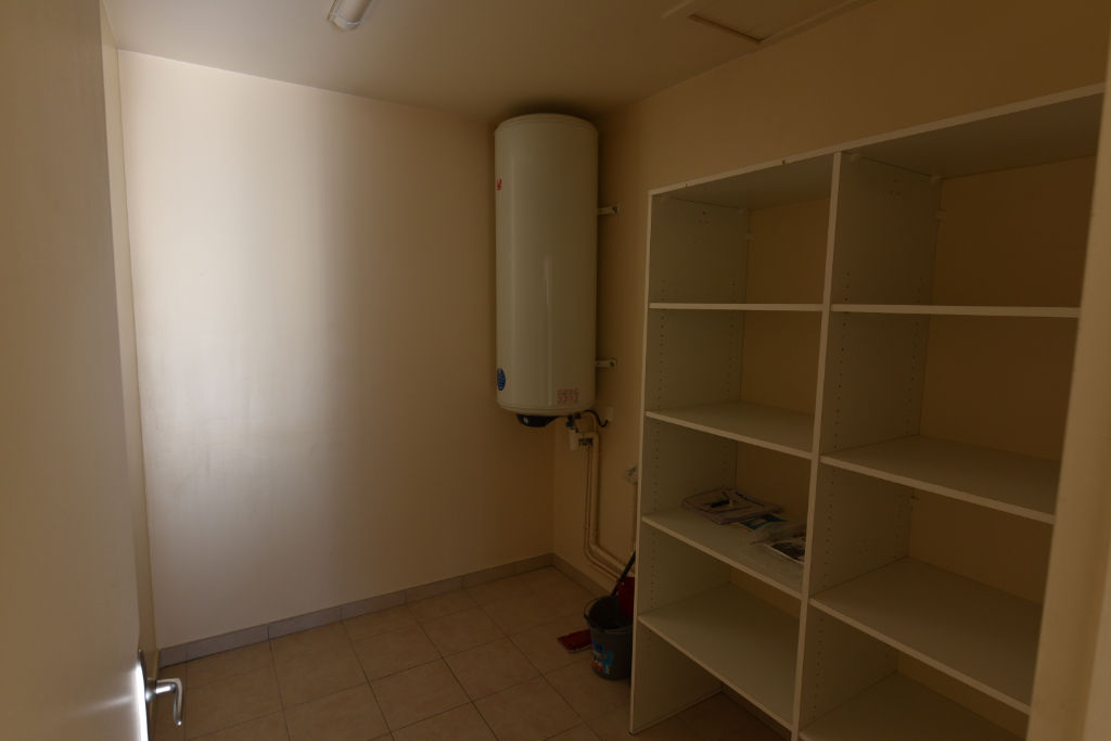 Location appartement Limonest 750€ CC - Photo 6