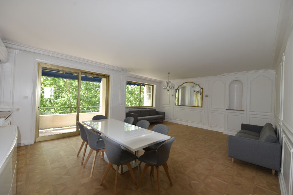 Rental apartment Lyon 6ème 2850€ CC - Picture 2