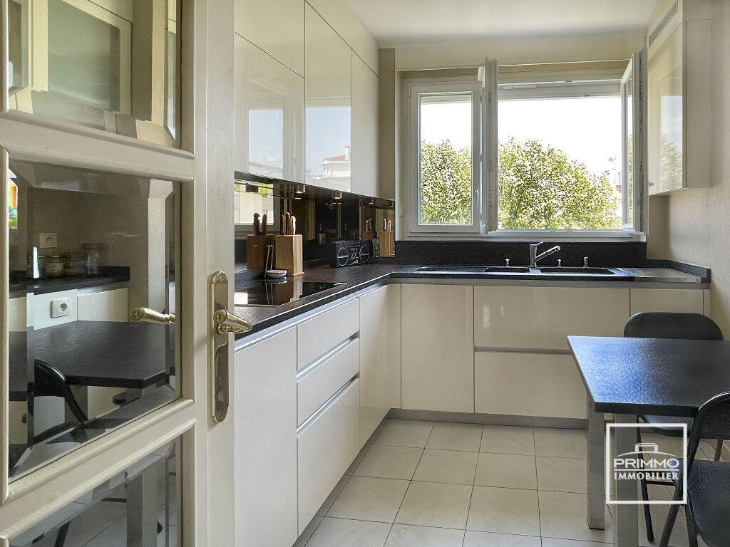 Vente appartement Lyon 6ème 682000€ - Photo 2