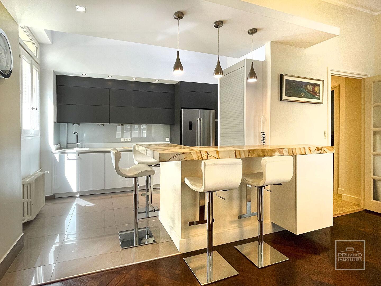 Sale apartment Lyon 6ème 945000€ - Picture 6