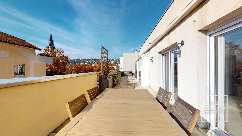 Lyon 2 - Appartement 6 pièces Dernier étage - Terrasse au calme